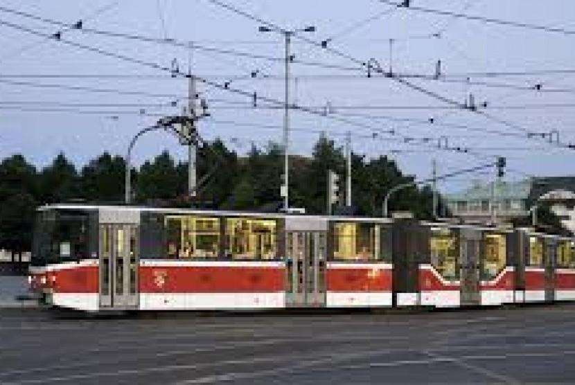 trem-ilustrasi-studi-kelayakan